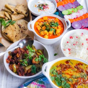 Family Meal Ideas – Quick Indian Dinner Recipes Palak Dal – Spinach Lentil Soup Matar Paneer – Light Everyday Recipe Aloo Shimla Mirch – Bell Pepper Potatoes Stir-Fry Cucumber Raita – Greek Yogurt with Cucumber Avocado Chapati Steamed Rice Vegetable salad