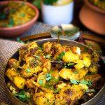 Aloo-Gobi (Spicy Cauliflower Potato Curry)