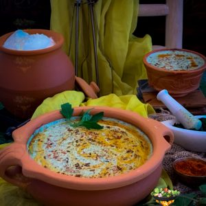 Bathua Ka Raita served in an artisan clay bowl