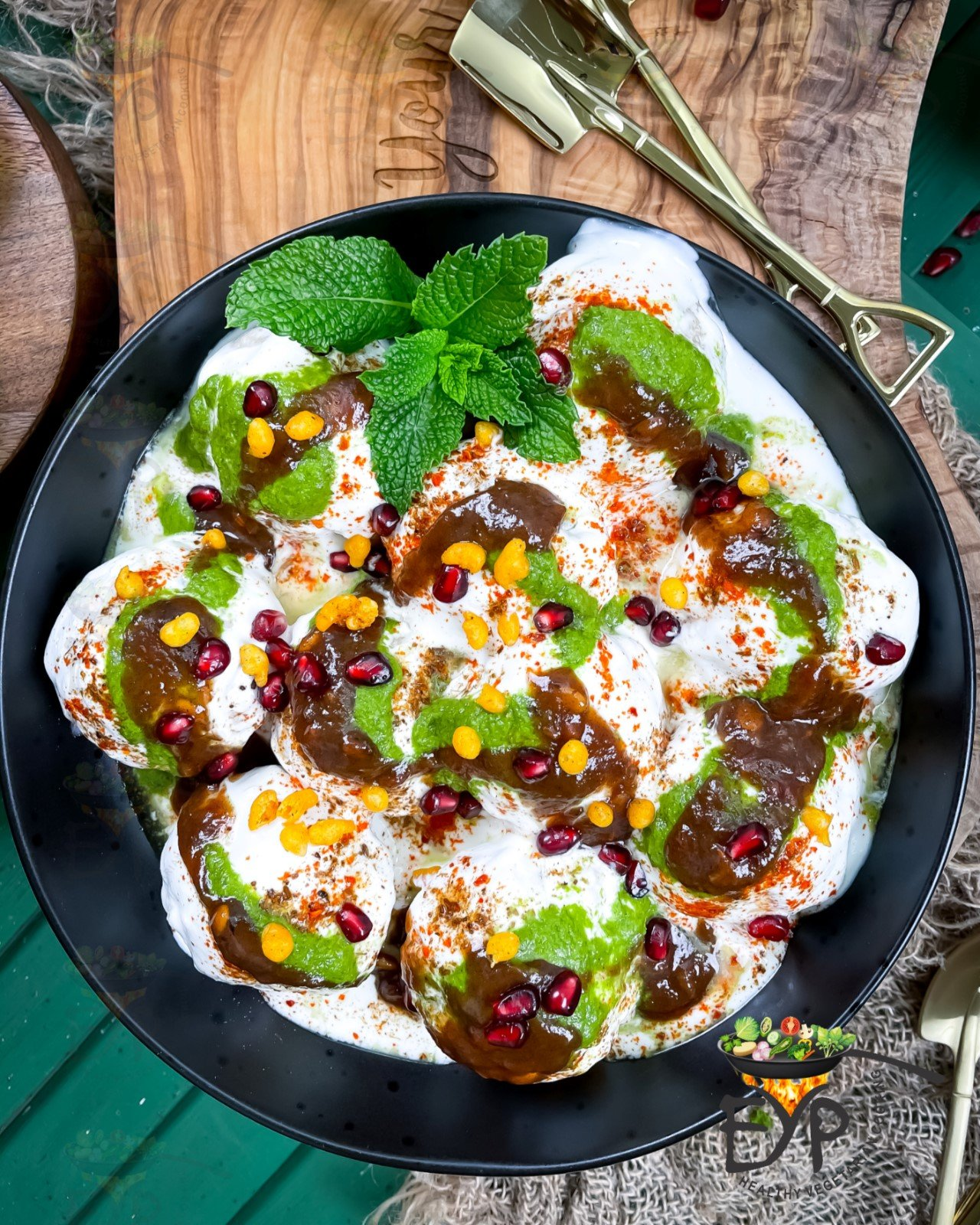 Dahi vada ready to be served