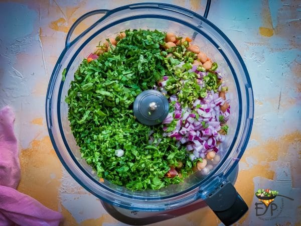 boiled Chickpeas and vegetables in Food Processor