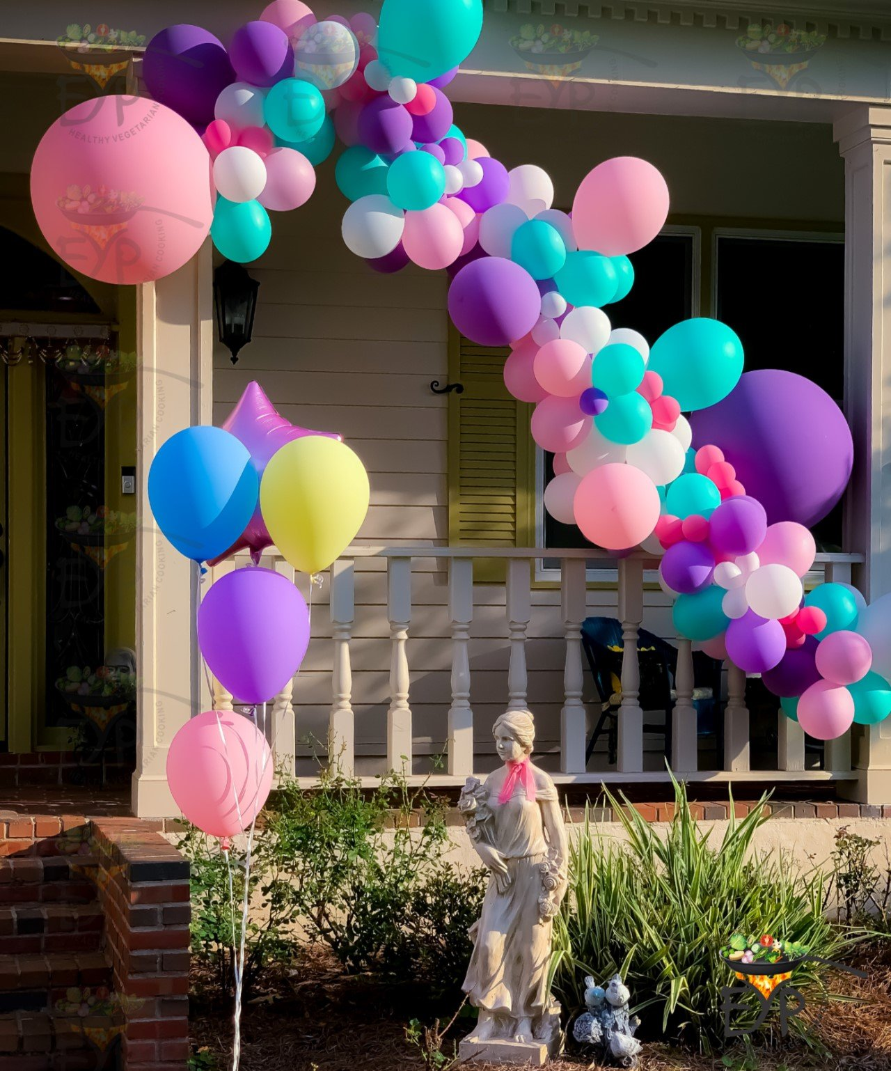 Baloon Decorations for Outdoor Birthday Party