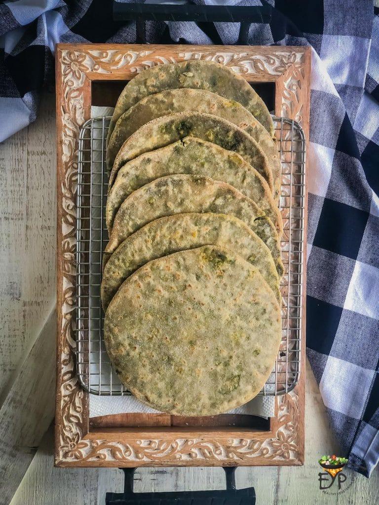 Half cooked bathua aloo paratha for freezing