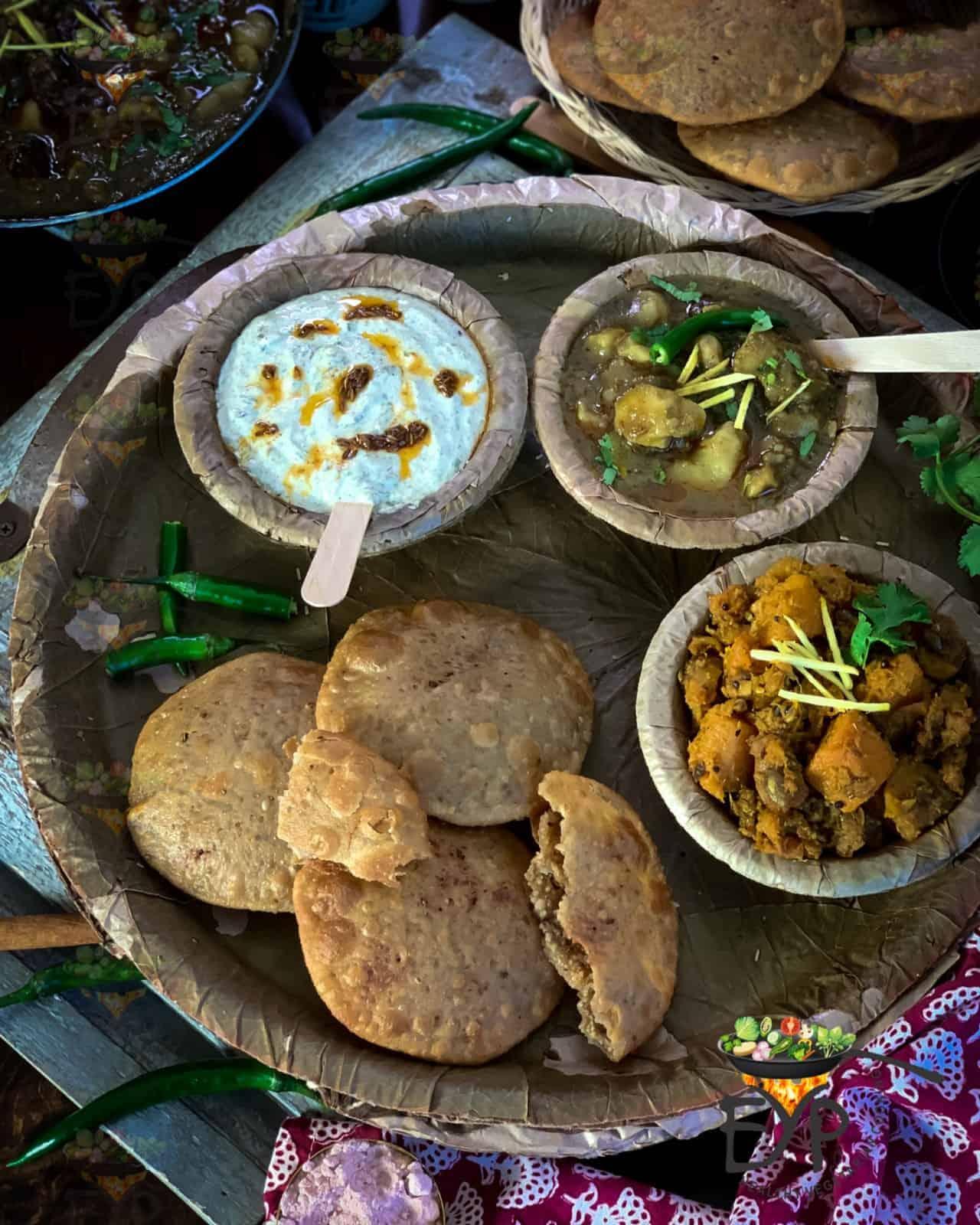 Bedai served with Dubki wale aloo