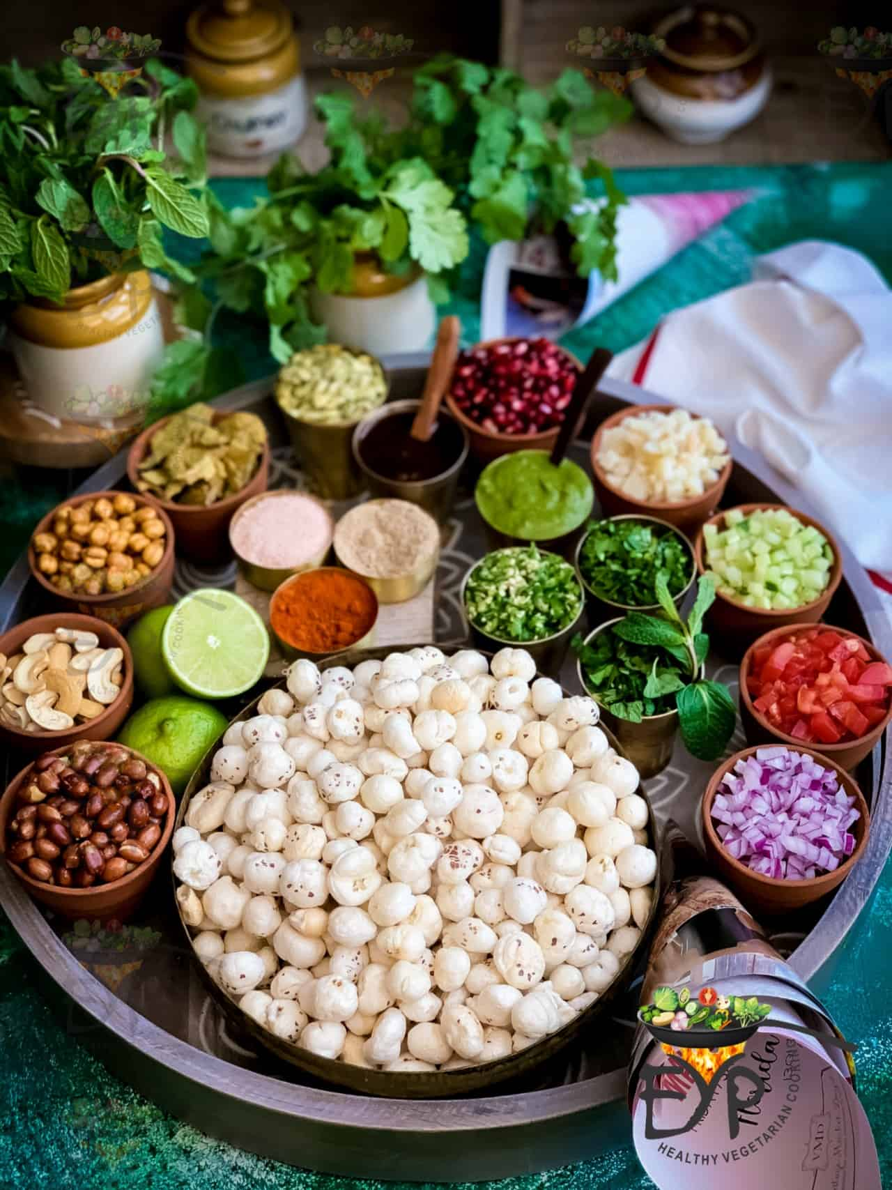 Makhana along with other ingredients used in Makhana Bhel