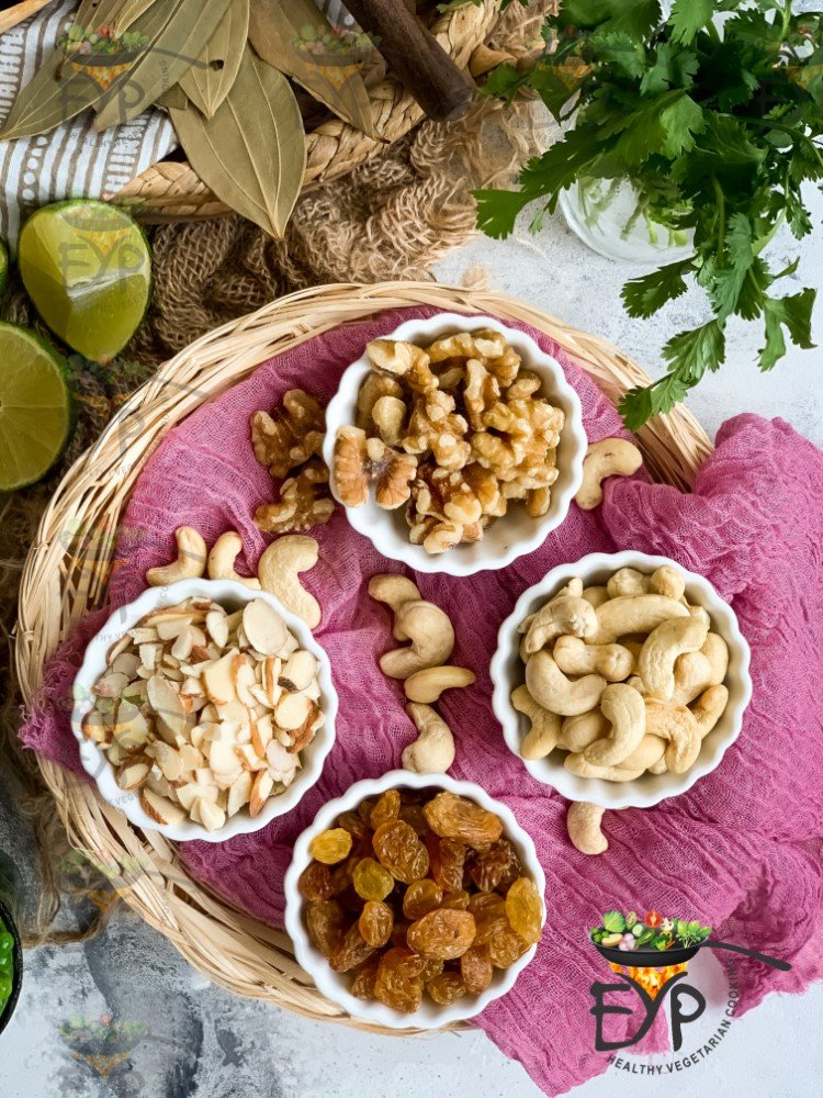 Nuts used in Navratan Pulao