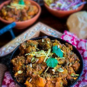 Sweet and Sour Pumpkin Curry – Khatta Meetha Kaddu