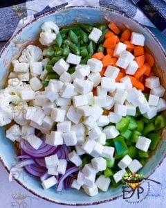 vegetables mix to be marinated