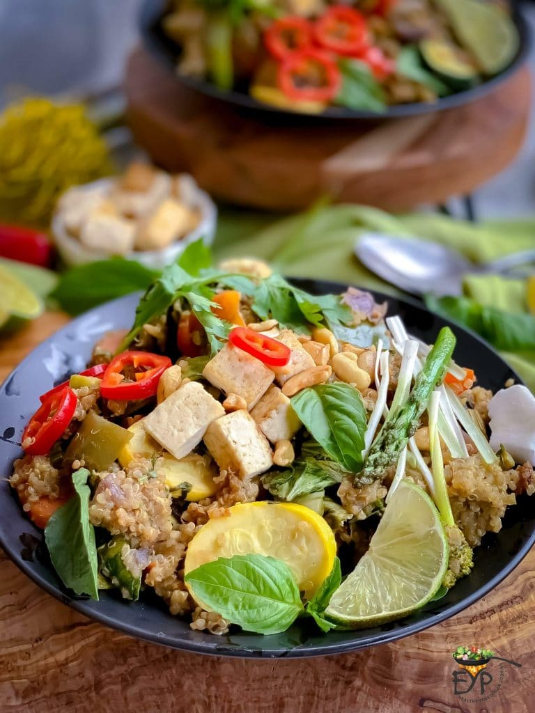 Vegan Thai Green Curry with Quinoa and Vegetables