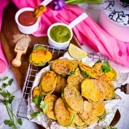 Zucchini Fritters served with Cilantro Mint Green Chutney and Cranberry Chutney