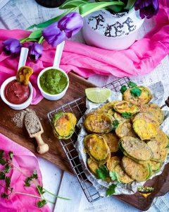 Zucchini Fritters served with mint cilantro chutney and cranberry chutney